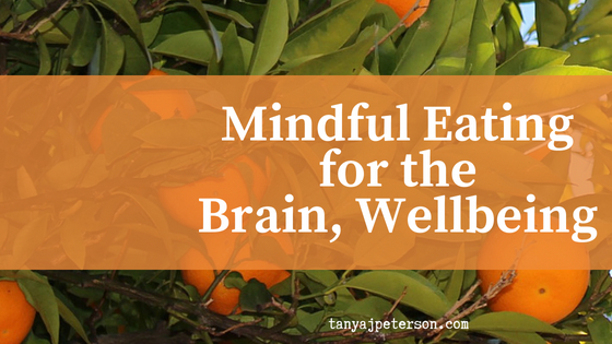 Mindful eating is a simple and effective way to teach the brain to be calm. Eating mindfully reduces stress and anxiety and enhances wellbeing. Learn how to do it here.